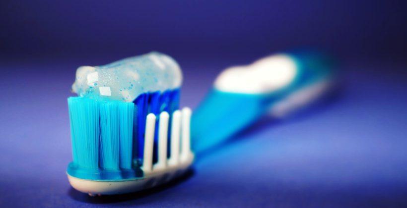 ¿Conoces los diferentes tipos de cepillos de dientes?